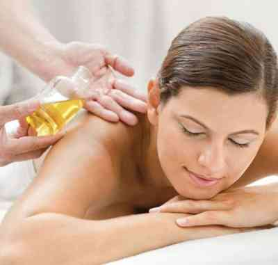 VTCT Aromatherapy Oil (Pre-Blended) Massage Certificate can be earned at the only VTCT approved centre in Bali in 15 days.