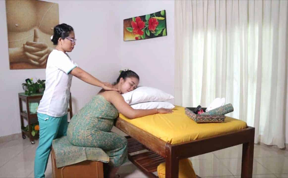 Maternity Massage