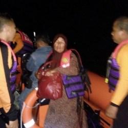 Kapal Bocor di Perairan Buleleng, Penumpang Berhasil Diselamatkan Tim SAR