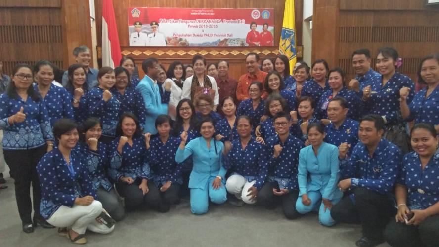 Ny. Putri Koster Dikukuhkan sebagai Bunda PAUD Provinsi Bali