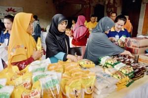 Pasar Murah Pemkot 'Lais Meseluk'