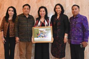 Pemkot Denpasar Raih Penghargaan Moveable Children's Playground