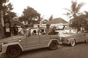 Rent VW Safari in Bali Kuno 04