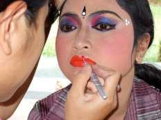 DwiBhumi-Balinese dans-Cudamani