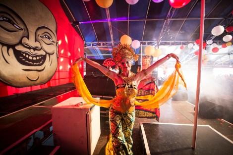 Danseres Aafke de Jong dans Oleg Tambulilingan - Milkshake Festival 2015