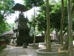 bale, kulkul, alas kedaton, monkeys, forest, monkey forest, bali, places, places of interest, bali places of interest