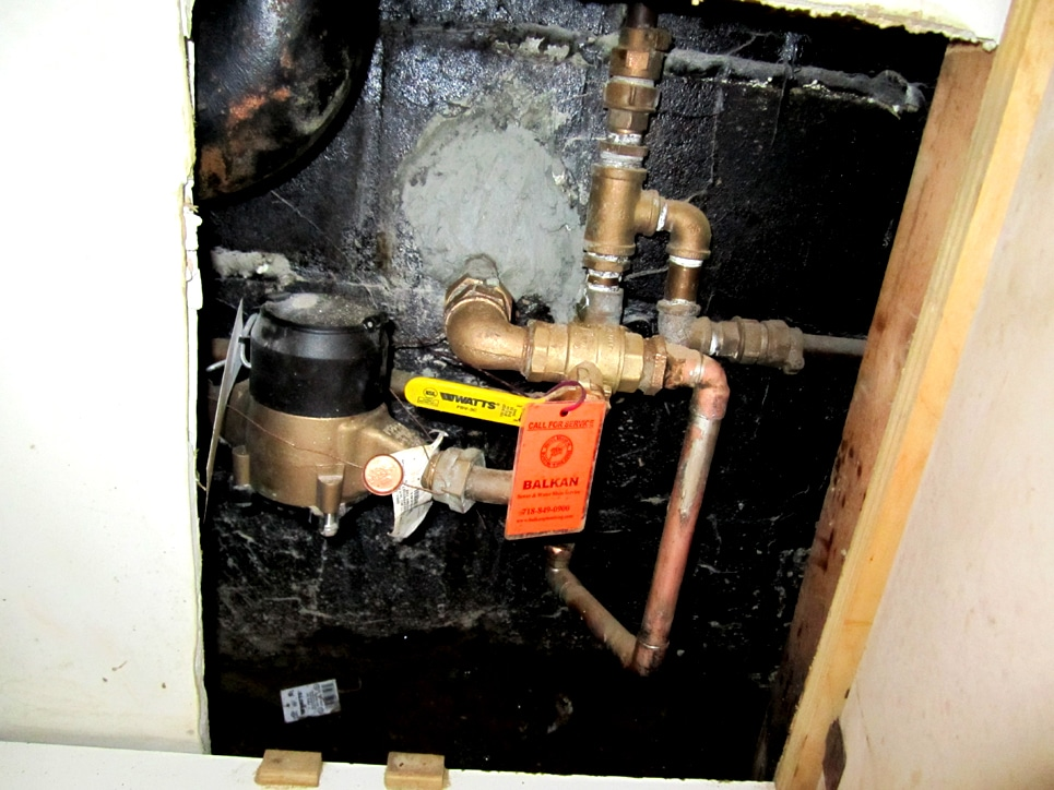 How To Close A Water Shut Off Valve And Avoid Costly Repairs