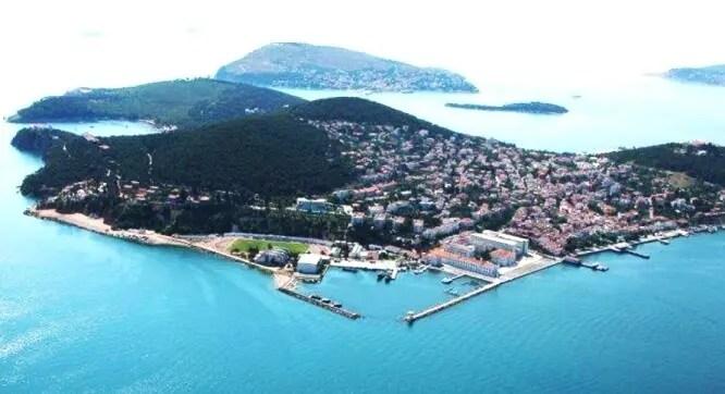 Heybeliada tepesinden harika İstanbul manzarası