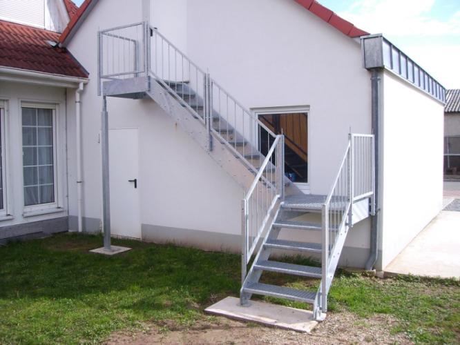 Balkonbau und Balkongelnder Auburger  StahlAussentreppen