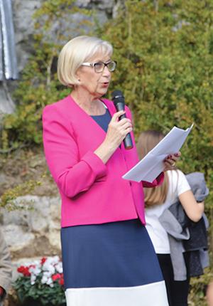 Madame le maire d'Artemare, Mireille Charmont-Munet