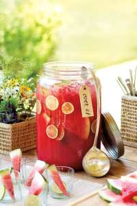 Recipe: Honeysuckle Watermelon Punch - How To Decorate
