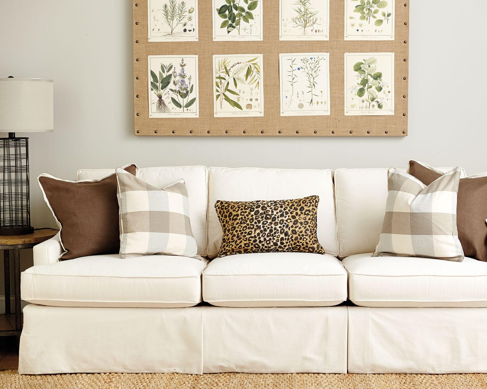 navy sofa beige walls sleeper sacramento ca guide to choosing throw pillows how decorate