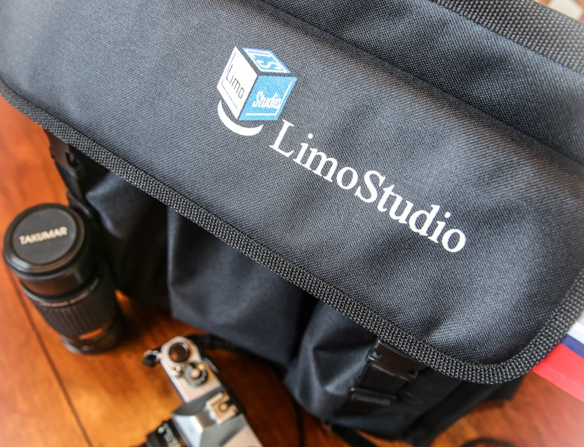 Folding LimoStudio – Perfect for Photos of Small Products