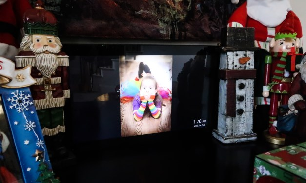 The Gift that Keeps on Giving – the Nixplay Digital Frame