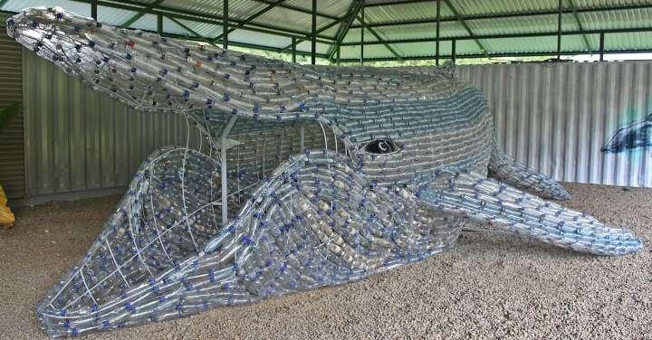 ¡Una ballena de plástico! - Una iniciativa contra el envase plástico de un solo uso.