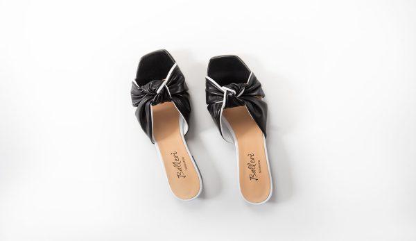 Sandalo a punta quadrata Dea Pelle Nero/Bianco