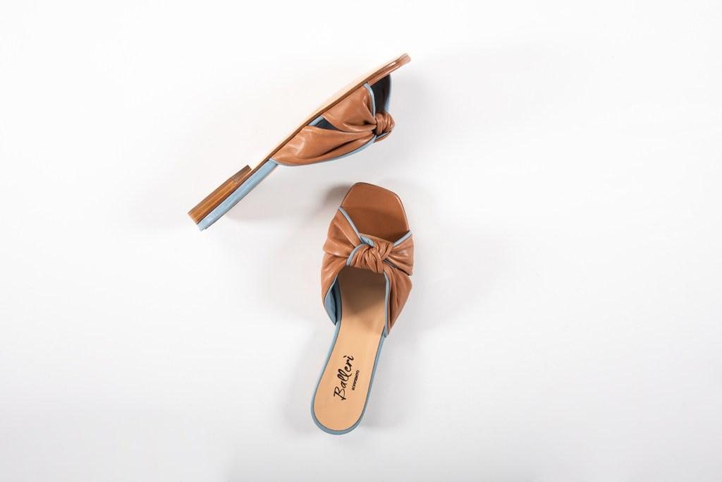 Sandalo a punta quadrata Dea Pelle Cuoio/Polvere - 2