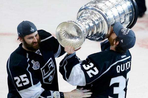 9405cfb49b6 Los Angeles Kings Win 2012 Stanley Cup, First In Team's History