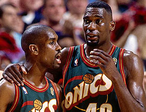 Top 10 Alley-Oops: Gary Payton To Shawn Kemp