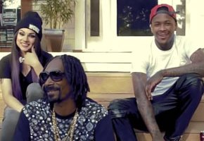 Snoop Dogg 'Keeps It Colt 45' With YG, Lil Debbie