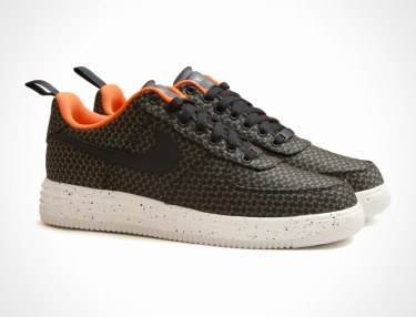 Undefeated x Nike Lunar Force 1