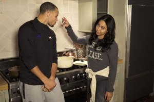 Stephen Curry & Wife: Chef Curry With The Pot