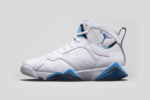 Air Jordan 7 Retro Remastered 'French Blue'
