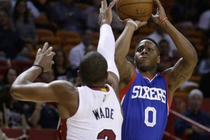Sixers' Isaiah Canaan Sinks Wild Three-Point To Beat Buzzer