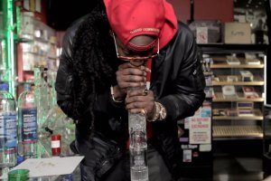 Most Expensivest Sh*t: 2 Chainz Smokes OutOf $10K Bong