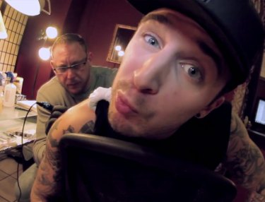 Chris Webby - So Eazy (Video)