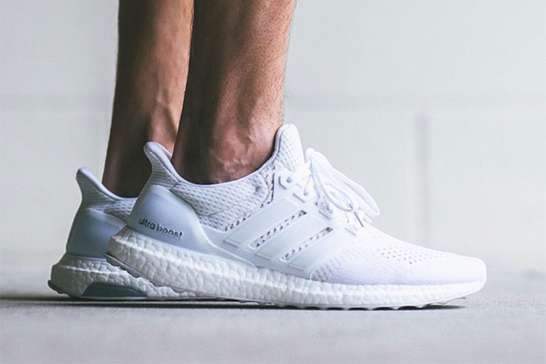 Adidas Ultra Boost - Triple White