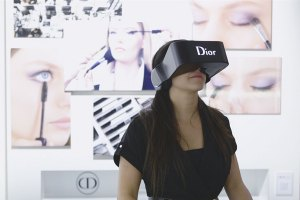 Dior Eyes: Virtual Reality Offering Backstage Access