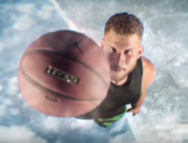 Blake Griffin Takes On Marvin The Martian In Dunk Contest