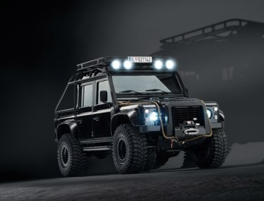 Land Rover Defender & Range Rover Sport From 'Spectre'
