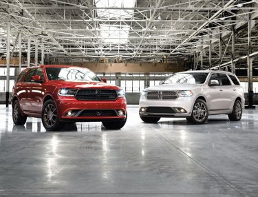 Dodge Unveils 2016 Durango Brass Monkey, Anodized Platinum Packages
