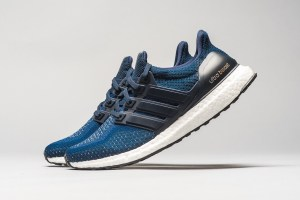 Adidas Ultra Boost Navy/Gold