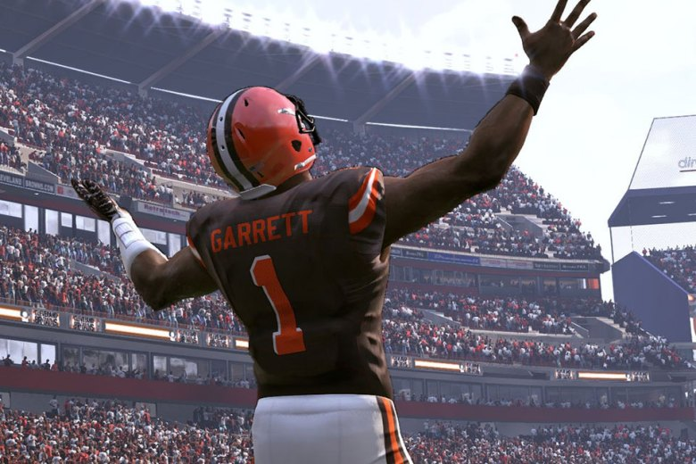 """Here's the """"Madden 18"""" Ratings For All 32 First Round Rookies"""