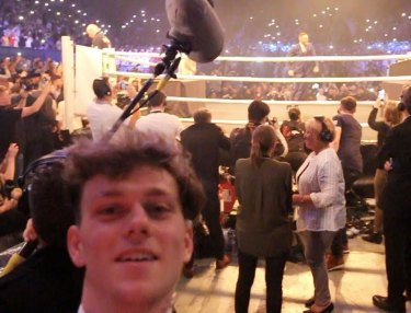 Fan Gets All Access at Mayweather-McGregor With Fake Credential (Video)