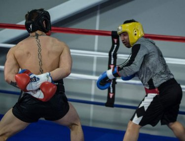 Paulie Malignaggi Spars With Conor McGregor