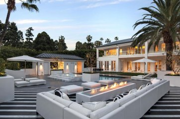 Floyd Mayweather Beverly Hills mansion