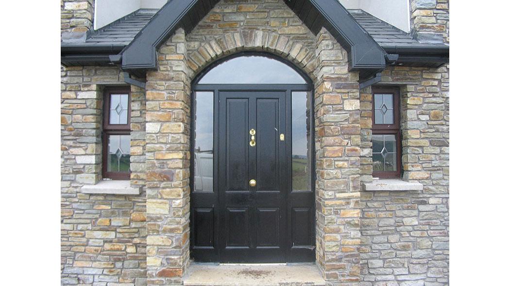 Arched Door Unit 124