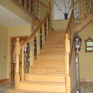 Ash-stairs-ballingearyjoinery.ie1.JPG-1.jpg