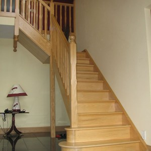Ash-stairs-ballingearyjoinery.ie3.JPG-1.jpg