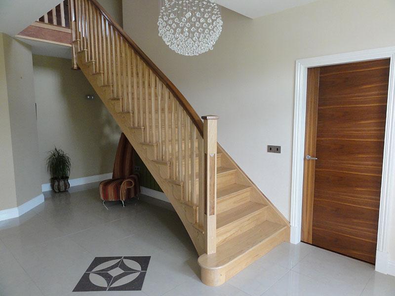 Ash & walnut cut string stairs 108