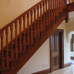 Mahogany-stairs-ballingearyjoinery.ie2.JPG-1.jpg