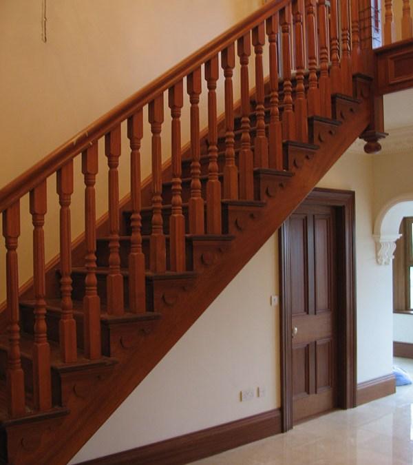 Mahogany Cutstring Stairs 127