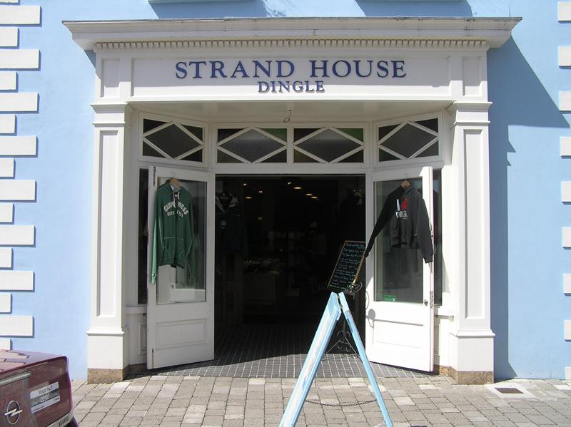 Shop-front-ballingearyjoinery.ie20.jpg