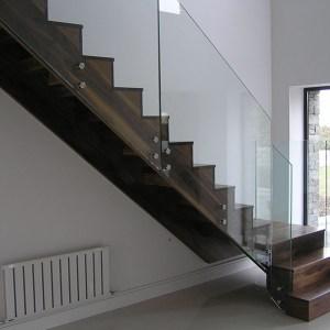 Walnut-stairs-ballingearyjoinery.ie2.JPG