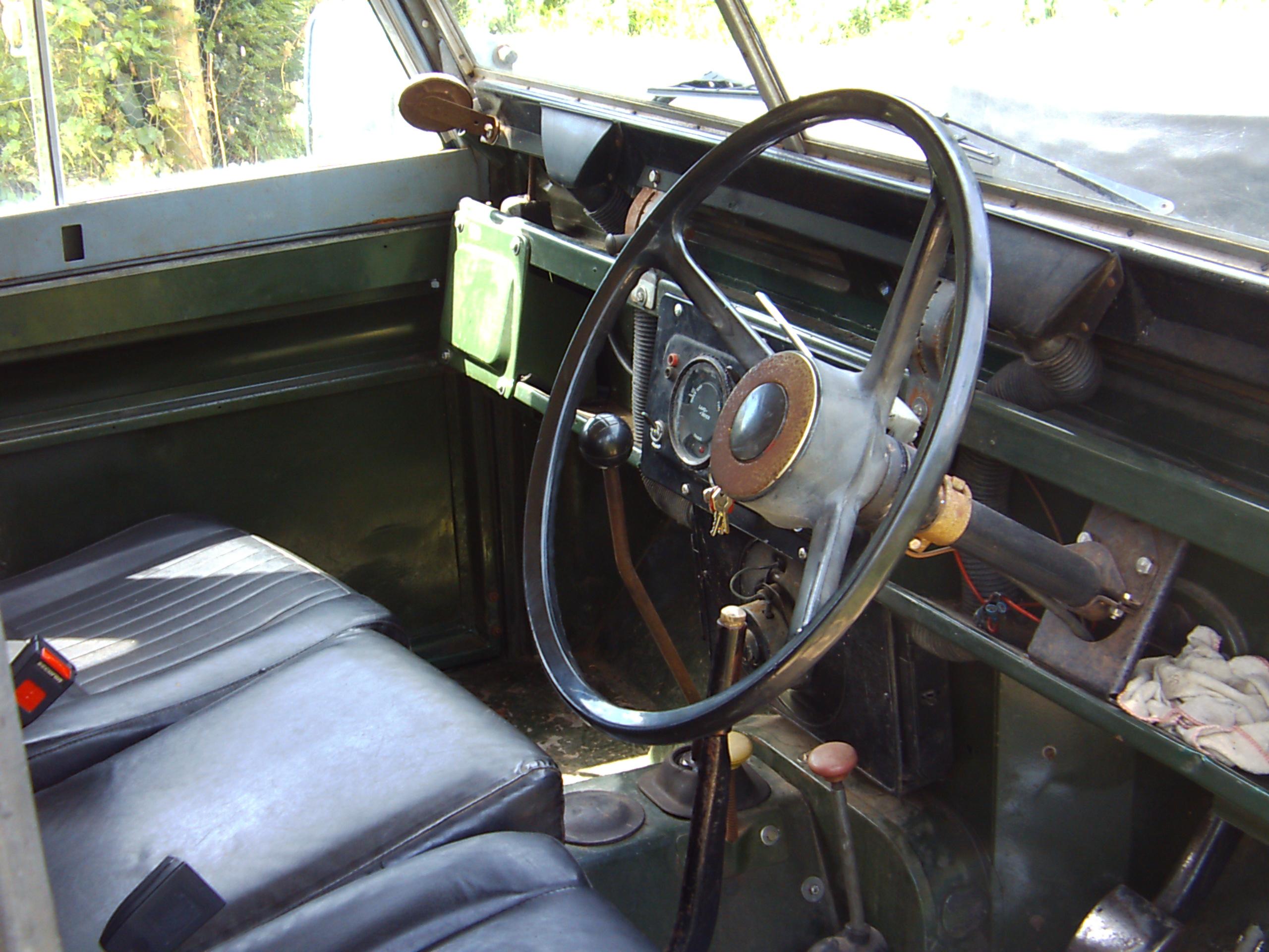 Head To Head Land Rover Series IIA v Land Rover Ninety