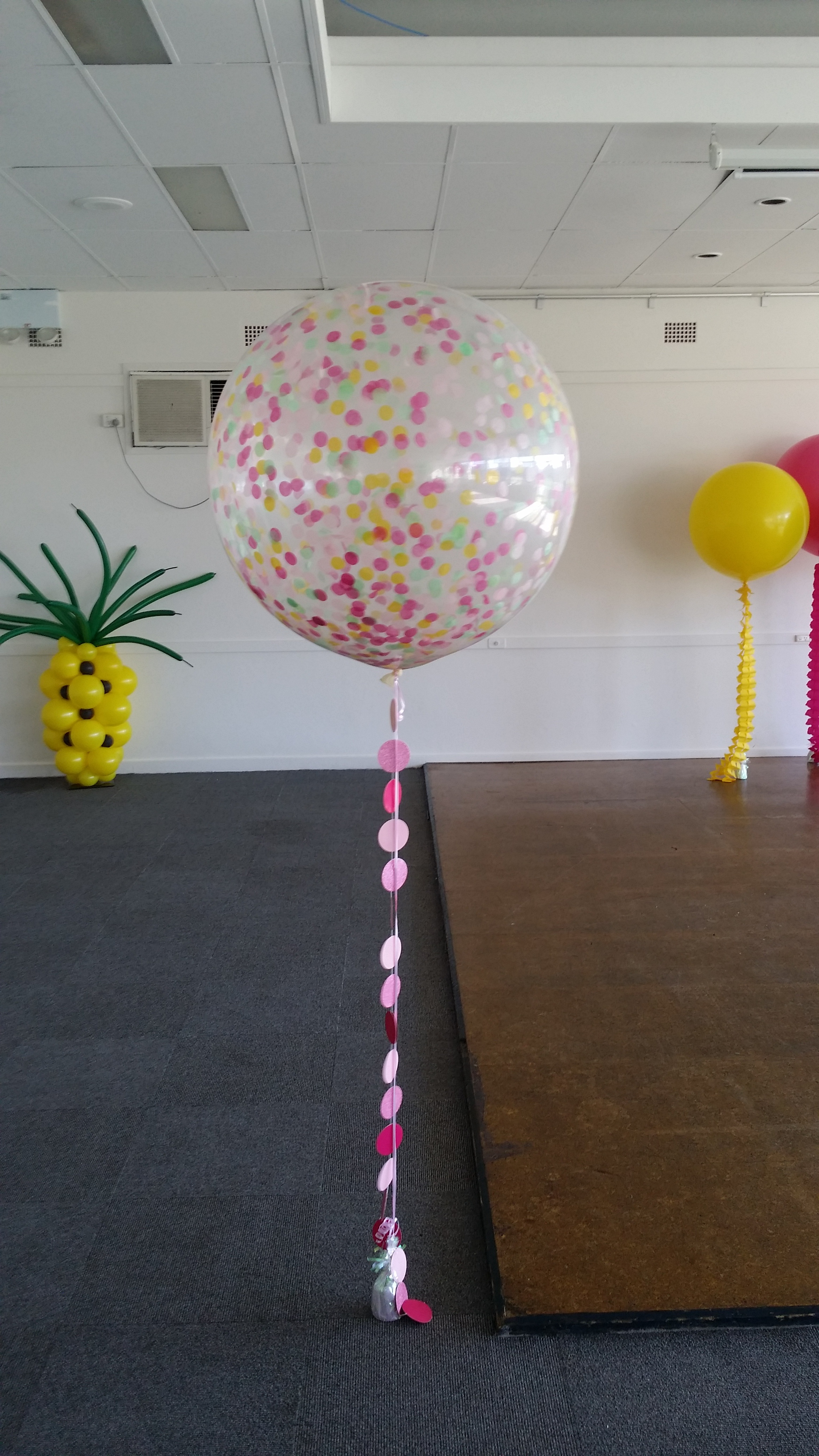 paper chair covers for weddings dining table seat giant latex balloons australia | sydney balloon art